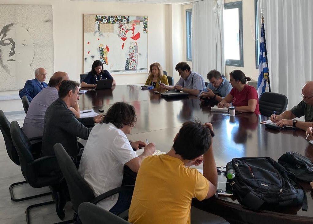Συνάντηση Κεραμέως με την ΟΛΜΕ – Τι συζητήθηκε
