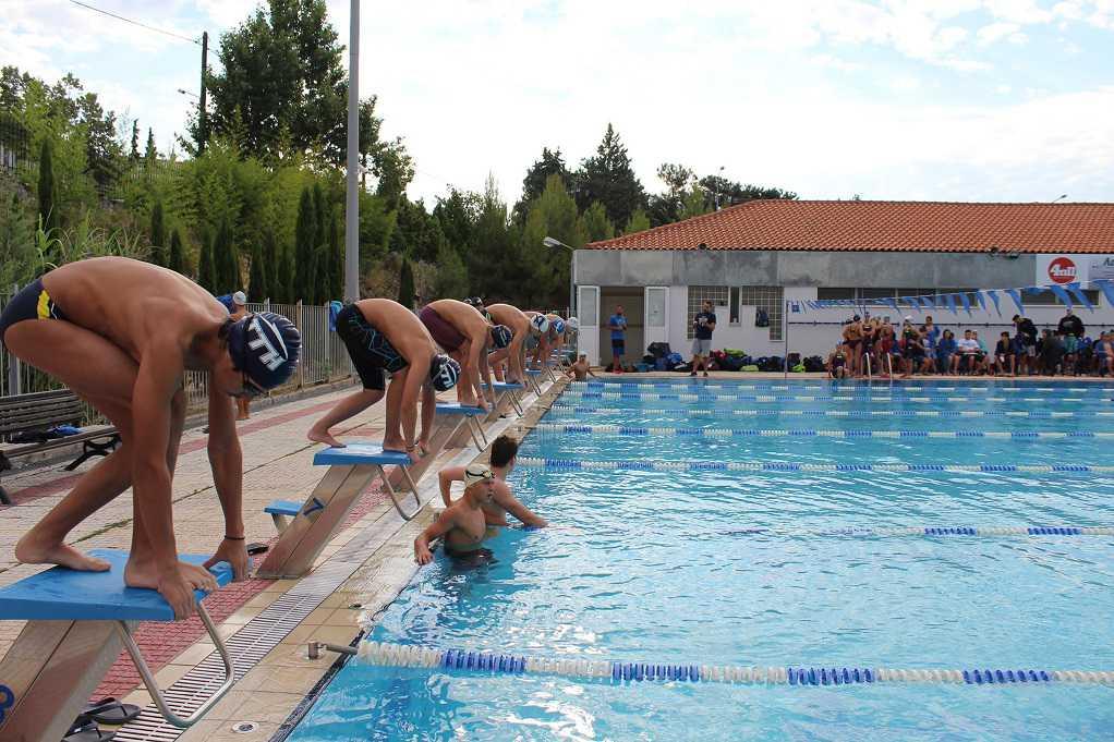 Βουτιές για καλό σκοπό στο κολυμβητήριο Ωραιοκάστρου (ΦΩΤΟ)