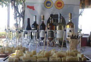 Εμπειρία οινογευσίας στα πλαίσια του Mediterranean Cheese & Wine