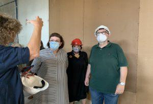 Η Μενδώνη στο εργοτάξιο της Εθνικής Πινακοθήκης