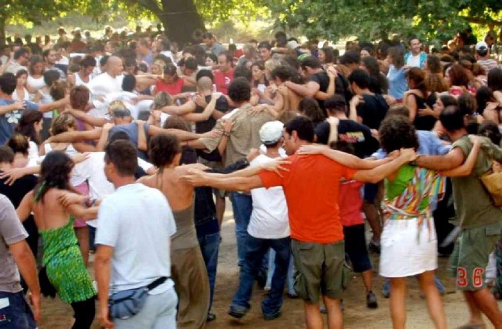 Βατόπουλος: Πρέπει να τεθεί θέμα απαγόρευσης στα πανηγύρια