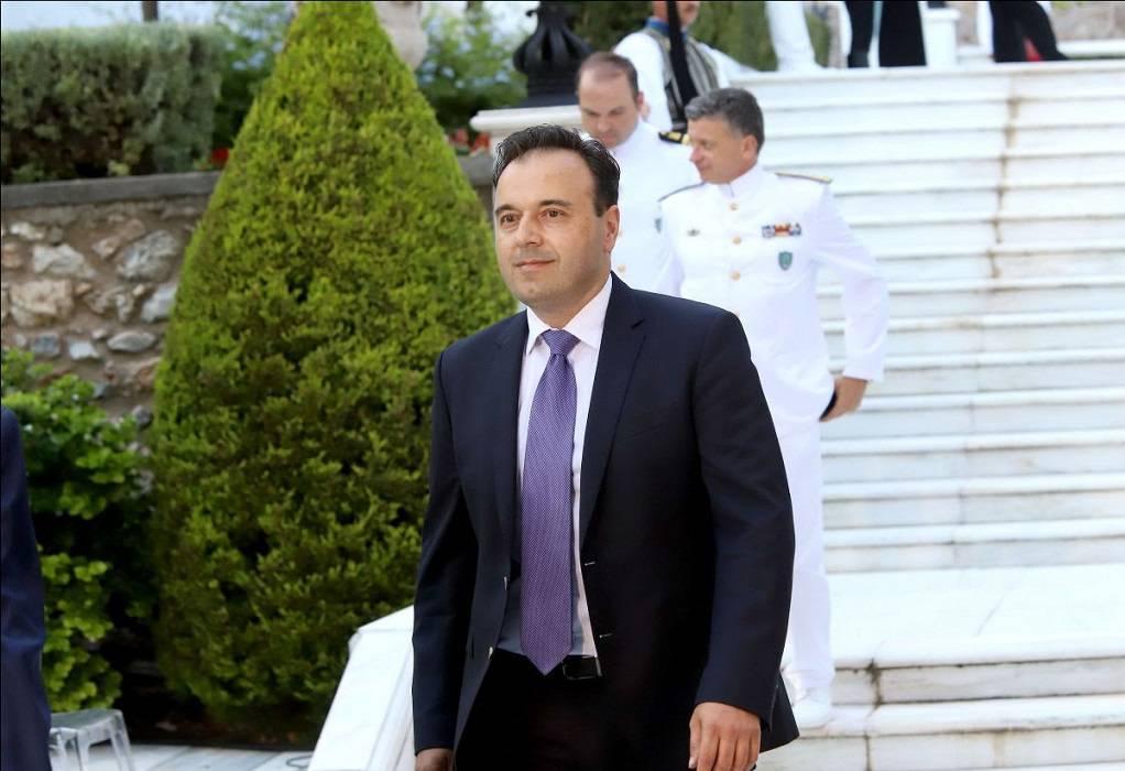 Ο πρόεδρος της ΚΕΔΕ στην επέτειο αποκατάστασης της Δημοκρατίας