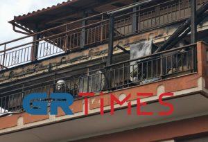 «Συναγερμός» στις Συκιές από τη φωτιά σε διαμέρισμα (ΦΩΤΟ-ΒΙΝΤΕΟ)