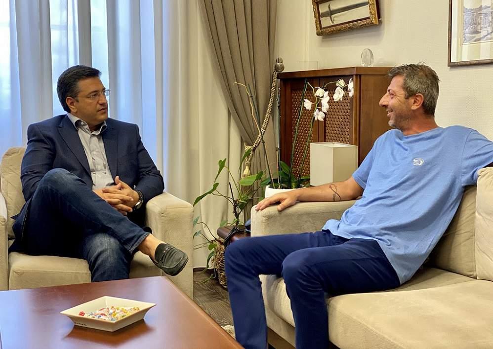 Συνάντηση Τζιτζικώστα με Κυπριανίδη, στόχος η συνεργασία