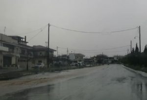 Θυελλώδεις άνεμοι και χαλάζι πάλι στη Χαλκιδική (ΒΙΝΤΕΟ)