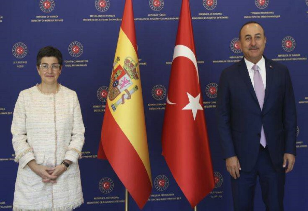 Αγιά Σοφιά: Νέα πρόκληση Τσαβούσογλου ενώπιον της Ισπανίδας ΥΠΕΞ