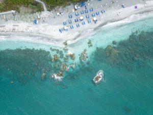 Κι όμως. Μια από τις πιο μαγευτικές παραλίες βρίσκεται στη Λάρισα!