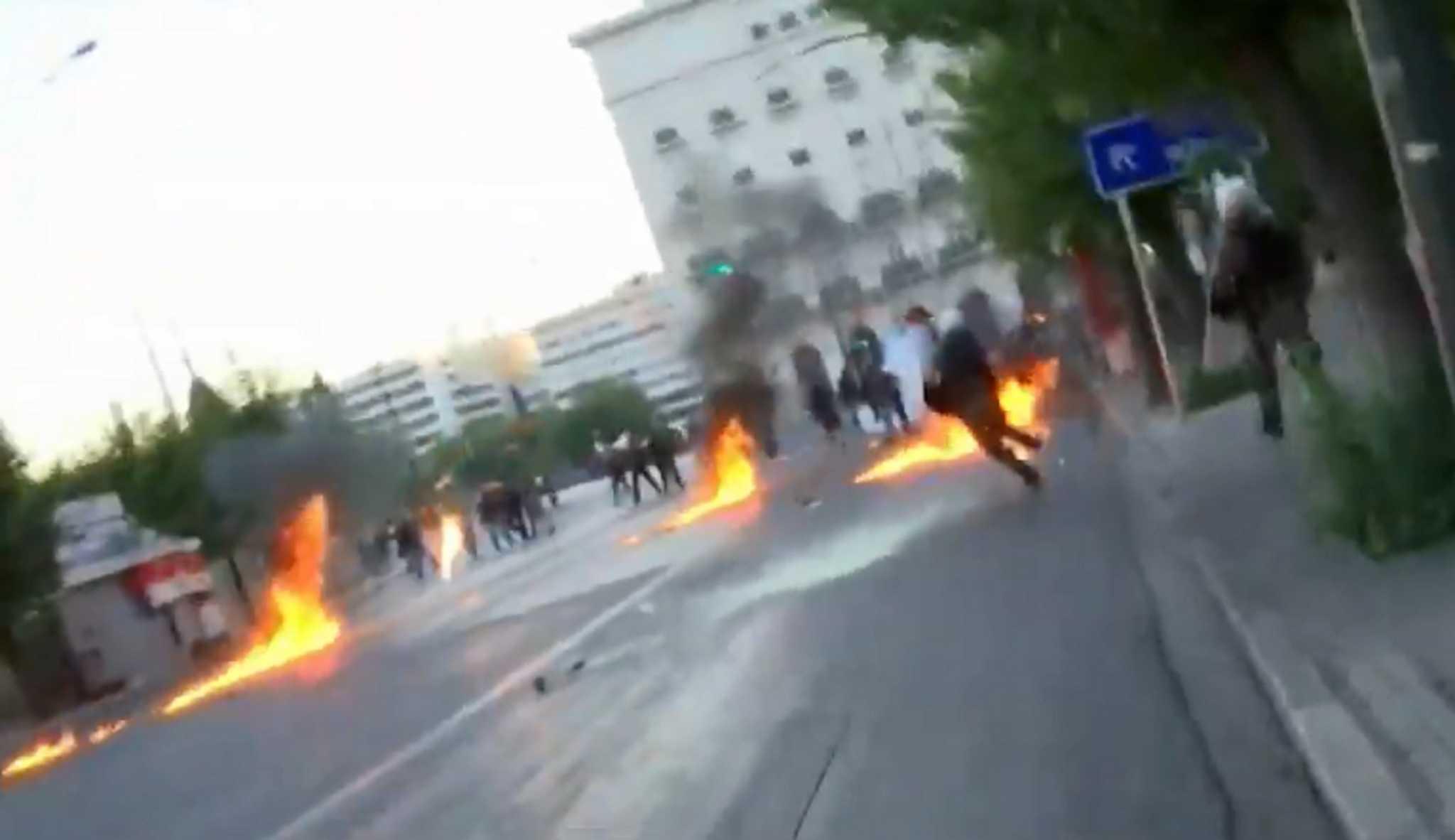 Επεισόδια στην Αθήνα -Βροχή από πέτρες και μολότοφ