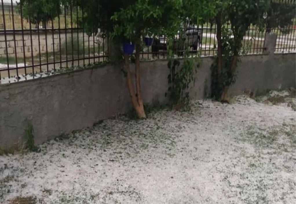 Στα «λευκά» η Πτολεμαΐδα από το χαλάζι (VIDEO)