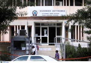 Κορωνοϊός: Θετικό κρούσμα στο Α.Τ. Πατησίων