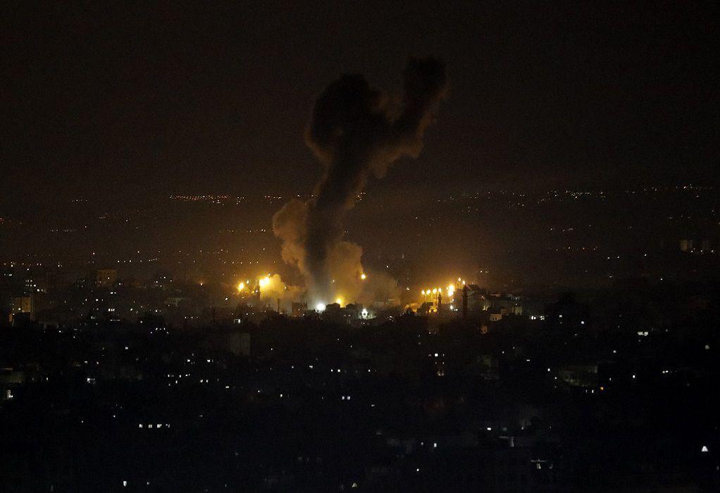 Ισραήλ: Nύχτα καταιγιστικών βομβαρδισμών στη Λωρίδα της Γάζας
