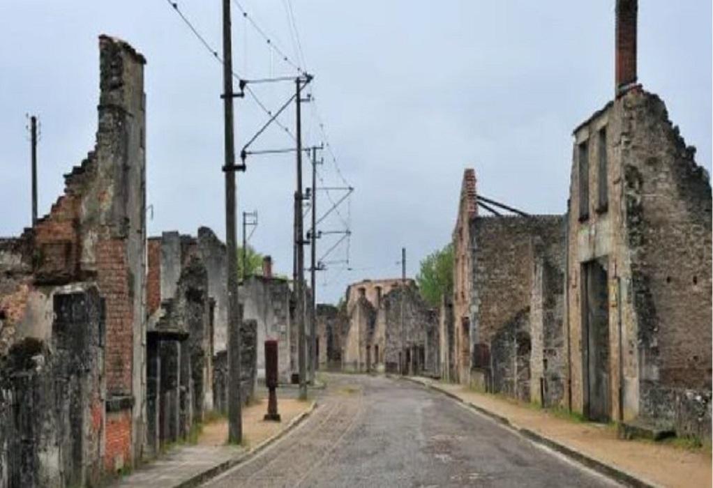 Γαλλία: Σάλος για συνθήματα αρνητών του Ολοκαυτώματος