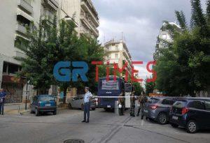 Θεσ/νίκη: Επιχείρηση της ΕΛΑΣ σε υπό κατάληψη κτίριο (ΦΩΤΟ)