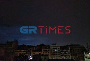 «Θάλεια»: Έντονη βροχή στη Θεσσαλονίκη – 9.900 κεραυνοί στη ΒΔ Ελλάδα (VIDEO)