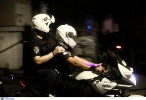 Επίθεση με τσεκούρι στην Καλλιθέα: Καρέ – καρέ η σύλληψη του δράστη