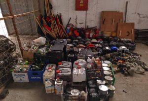 Θεσ/νίκη: Ολόκληρο οπλοστάσιο στην κατάληψη που εκκενώθηκε (ΦΩΤΟ)