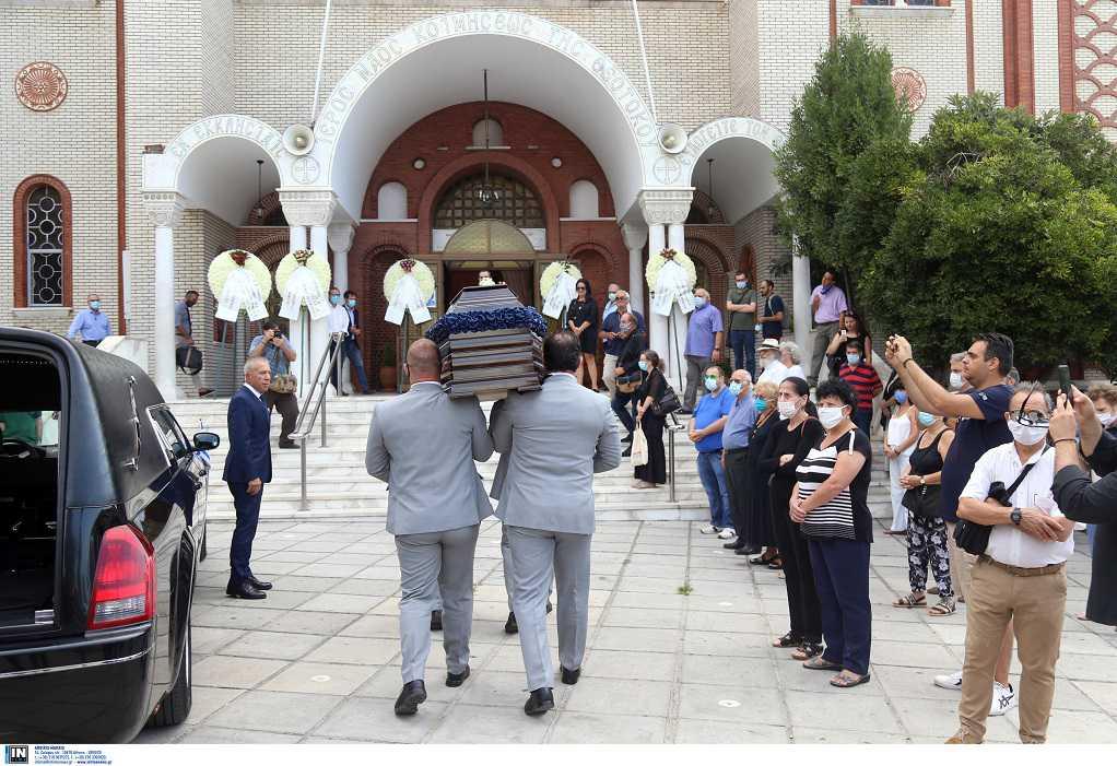 Το τελευταίο «αντίο» στον Ντίνο Χριστιανόπουλο (ΦΩΤΟ)