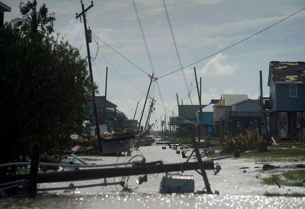 ΗΠΑ: Τουλάχιστον 14 νεκροί από τον κυκλώνα Λόρα