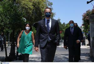 Παρατήρηση Μητσοτάκη σε δημοσιογράφο που δεν φορούσε μάσκα!
