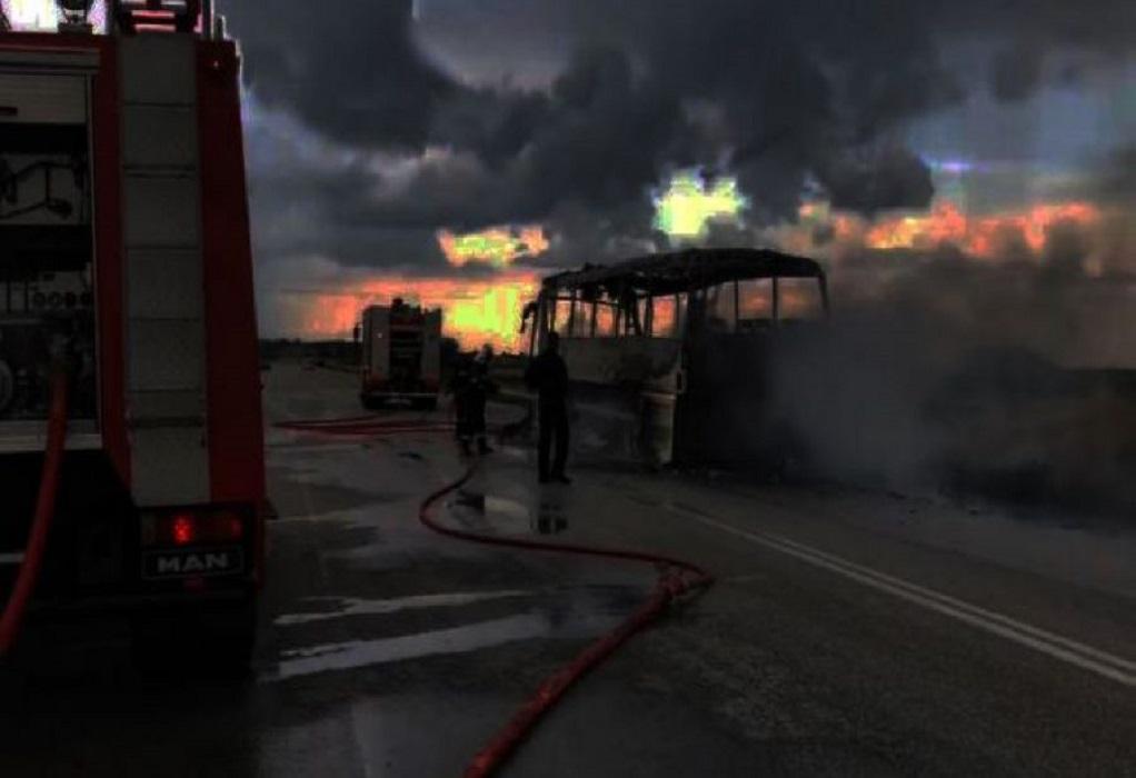 Κάηκε ολοσχερώς λεωφορείο του ΚΤΕΛ Θεσ/νίκης  (ΦΩΤΟ-VIDEO)