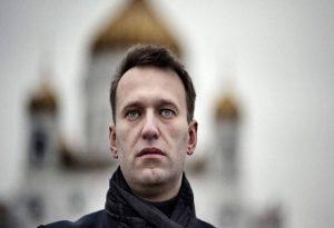 Επιστρέφει στη Ρωσία ο Ναβάλνι παρά την απειλή για σύλληψή του