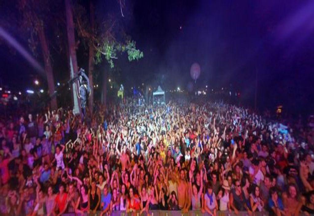 Το αδιαχώρητο σε πάρτι παρά τα νέα μέτρα (VIDEO)