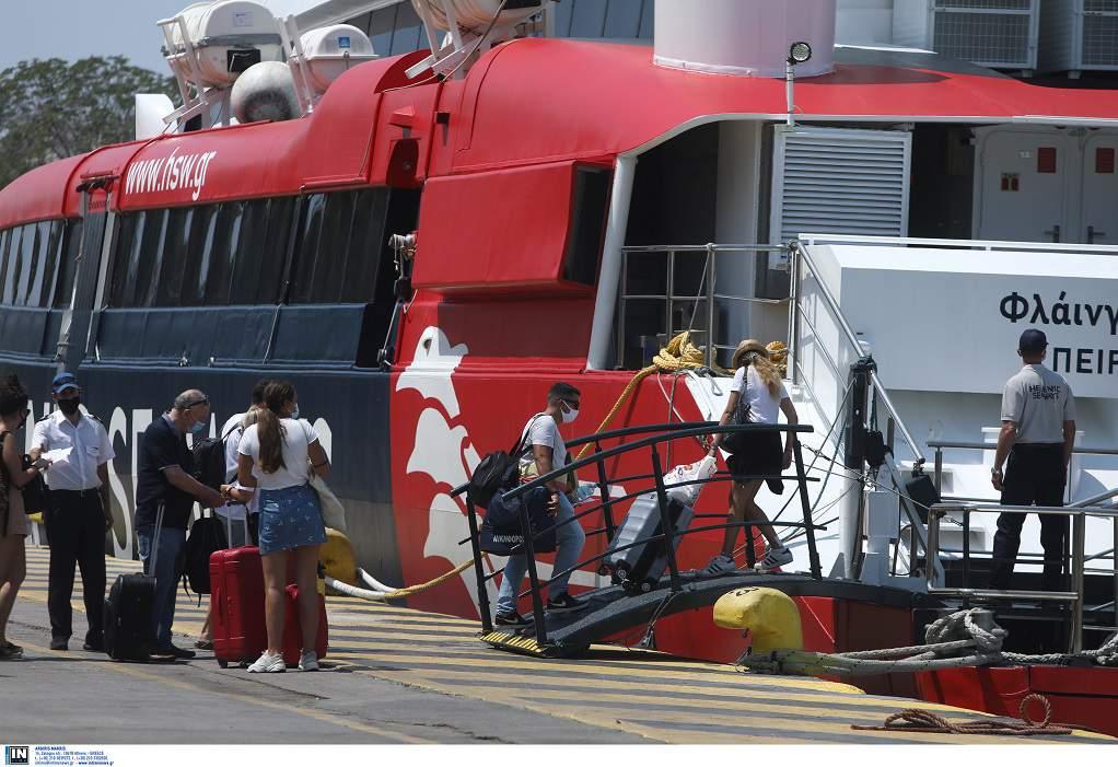Αυξάνεται στο 80% η πληρότητα στα πλοία