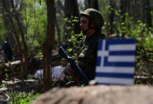 Κορωνοϊός: Υποχρεωτικό τεστ στους νέους στρατεύσιμους