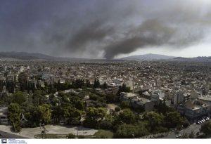 Φωτιά στη Μεταμόρφωση: Πόσο επιβαρύνθηκε η Αττική από τον καπνό