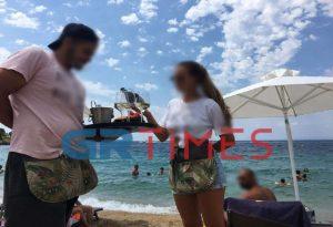 Χαλκιδική: Σύγχυση για τη μάσκα στις παραλίες