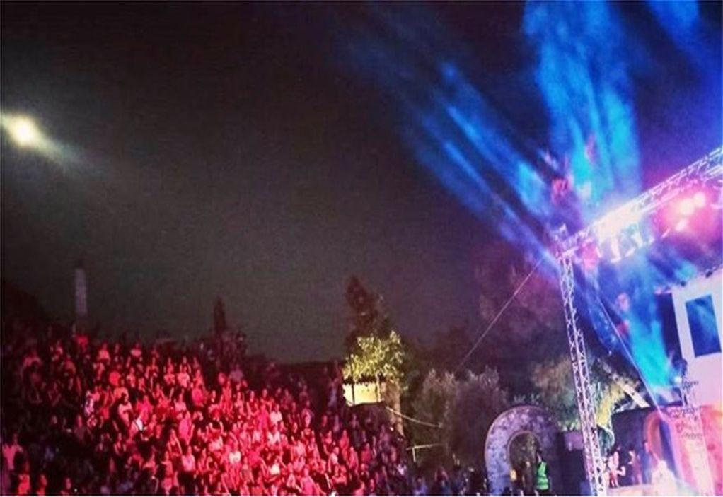 Κορωνοϊός – Καβάλα: Συνελήφθη ο υπεύθυνος συναυλίας του Μάλαμα