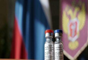 Τι λέει η αρχισυντάκτρια του Sputnik που έκανε το ρωσικό εμβόλιο