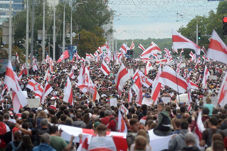 Λευκορωσία: Δεν τους άφησαν να μπουν στη χώρα επειδή ήταν… γυμνασμένοι