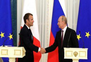Μακρόν σε Πούτιν: Διερευνήστε την υπόθεση Ναβάλνι