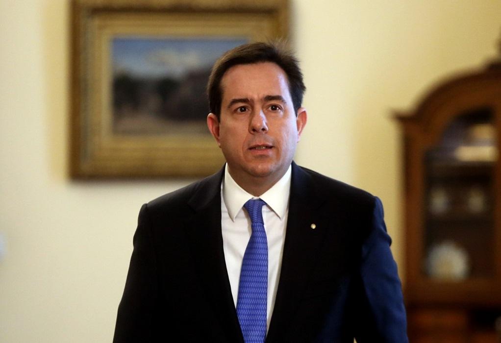 Μηταράκης προς Τούρκο ΥΠΕΣ: «Υποχρέωσή σας να αποτρέπετε τις παράτυπες εξόδους»