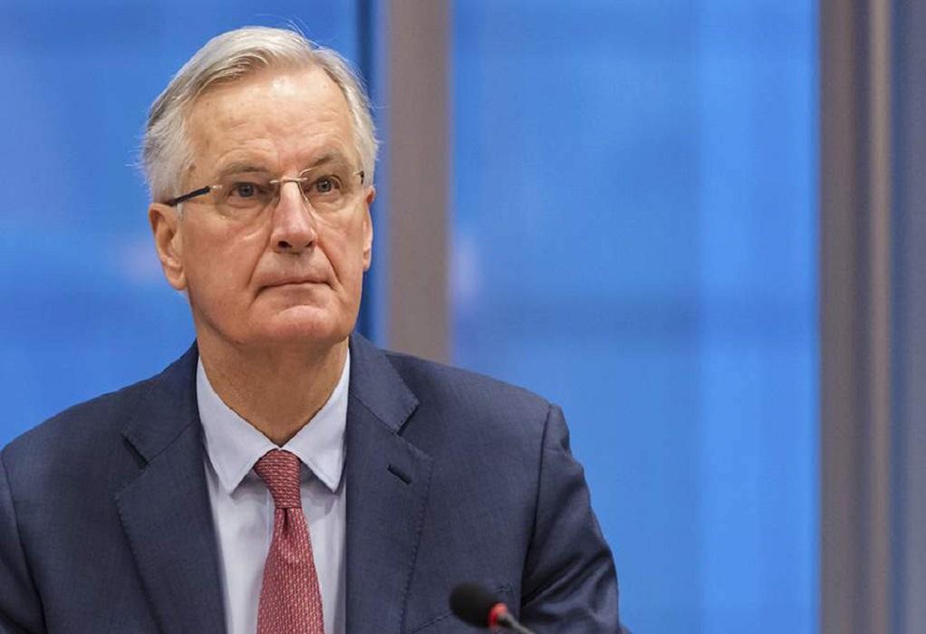 Brexit-Μπαρνιέ: H ΕΕ διαθέσιμη να διαπραγματευτεί ένα κείμενο