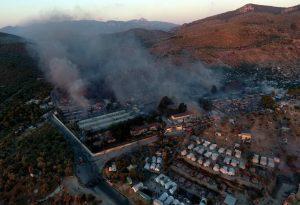 Παρανάλωμα του πυρός το Κέντρο Υποδοχής στη Μόρια (VIDEO)
