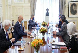 Δένδιας: Στρατηγικές οι σχέσεις Ελλάδας και ΗΑΕ