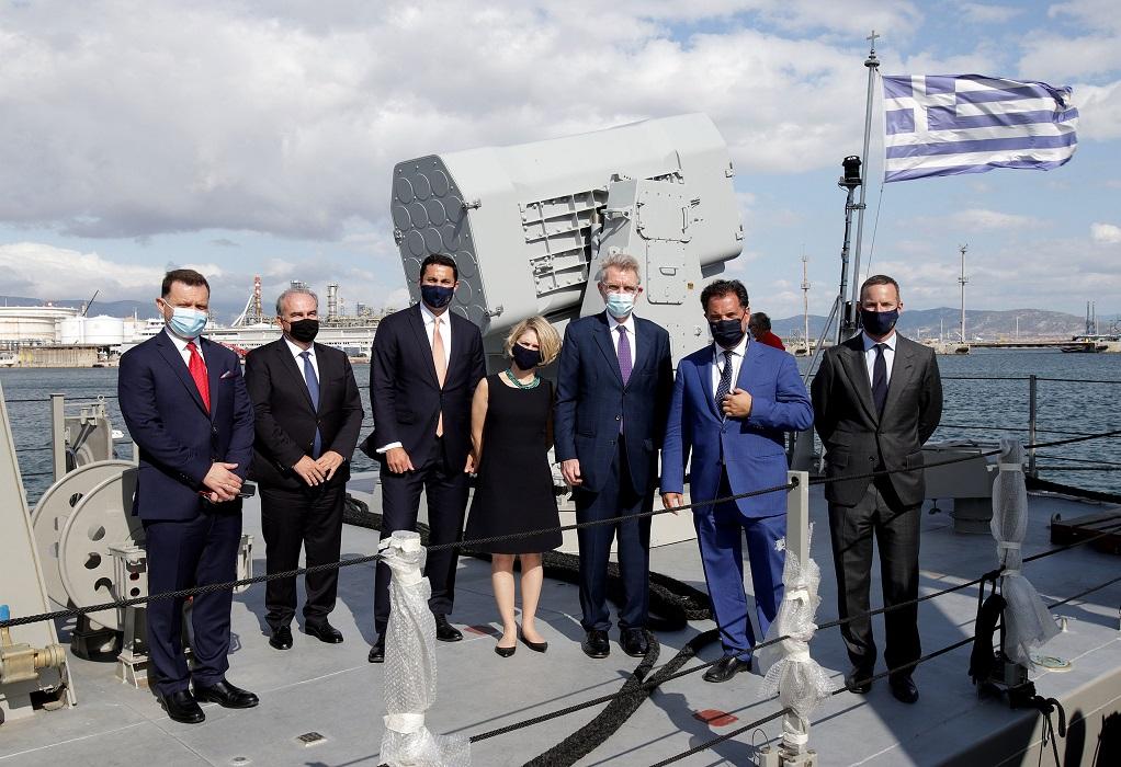 Αμερικανική αντιπροσωπεία επισκέφτηκε τα Ναυπηγεία Ελευσίνας