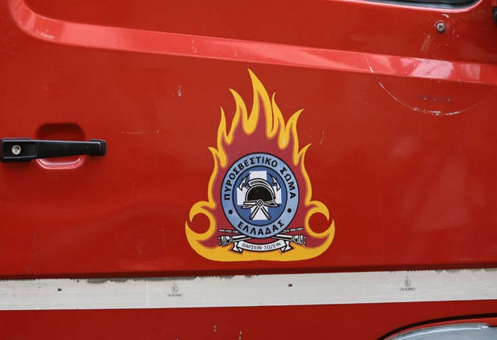 Φωτιά σε κάδους στη Θεσσαλονίκη