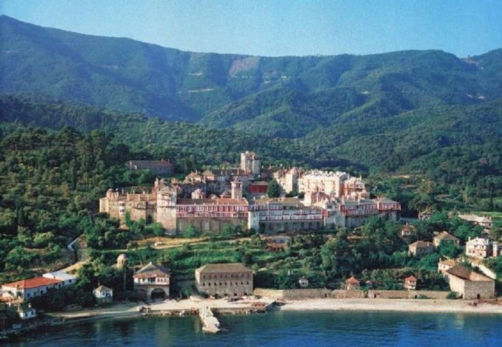 Άγιον Όρος: Τουλάχιστον 8 κρούσματα κορωνοϊού σε μονή