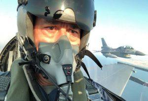 Ο Ακάρ πέταξε πάνω από το βόρειο Αιγαίο με F-16