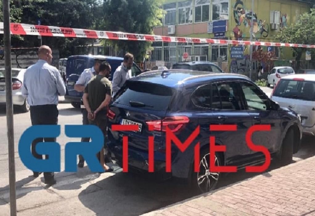Αντιδήμαρχος του δήμου Θεσ/νικης ακινητοποίησε διαρρήκτη! (VIDEO)