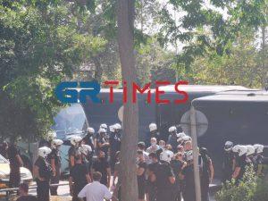 Για κακούργημα διώκονται 51 αντιεξουσιαστές
