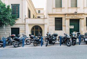 Χιλιάδες νέες θέσεις για δίκυκλα στο κέντρο της Αθήνας