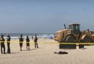 Οδοστρωτήρας πάτησε γυναίκα που κοιμόταν στην παραλία