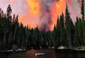 Καλιφόρνια: «Συναγερμός» σε 5 κομητείες για τις πυρκαγιές