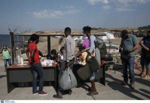 Οι πρώτοι μετανάστες στον καταυλισμό του Καρέ Τεπέ (ΦΩΤΟ)