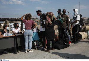Μηταράκης: Συνεχίζεται η είσοδος ατόμων στον νέο καταυλισμό