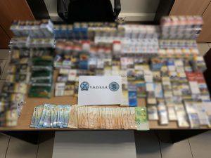 Τούμπα: Έκρυβε στο σπίτι του 400 πακέτα τσιγάρα